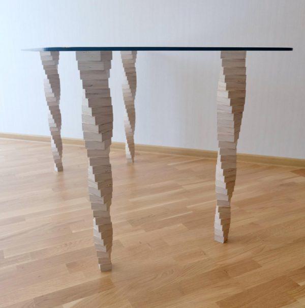 Стол №5, «Седов и Ко». Березовая фанера, закаленное стекло, наборные ножки, лак на водной основе, эмаль. http://sedoviko.ru/table5/